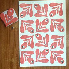 Pattern for painting fabric workshop 😊😊 Stamp Printing, Printing On Fabric, Grafic Art, Homemade Stamps, Eraser Stamp, Linoleum Block Printing, Stamp Carving, Fabric Stamping, Graphic Design Print