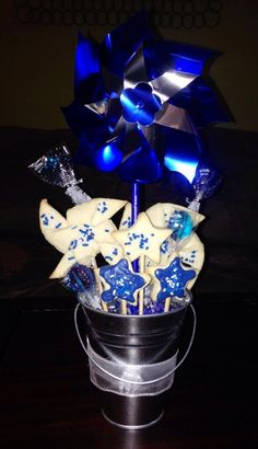I made this for the Pinwheels for Prevention campaign! I will be giving one away during April! pic.twitter.com/SIGk4KII6N
