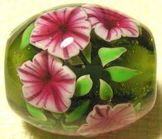 Petunia - Lampwork bead by Ayako Hattori