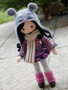 winter outfit for Lena's doll Knitted Dolls, Crochet Dolls, Knit Crochet, Crochet Hats, Crochet Doll Pattern, Crochet Patterns, New Dolls, Stuffed Toys Patterns, Amigurumi Doll