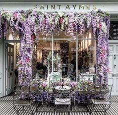 Floral facades get us every time . in London London Cafe, Raindrops And Roses, Village Photos, Shop Fronts, Flower Aesthetic, Adventure Is Out There, Beautiful Places, Lovely Things, Places To Go