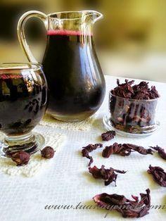 Malzemeler:  - 1 su bardağı kurutulmuş nar çiçeği  - 3 adet çubuk tarçın  - 5-6 adet karanfil  - 6-7 adet kakule  - 2 su bardağı toz ...