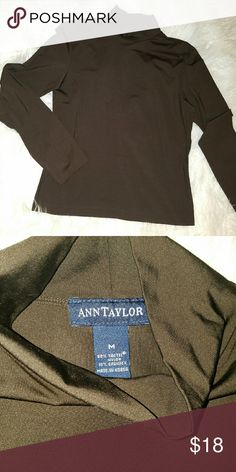 Ann Taylor turtleneck Size Medium  90% nylon 10% spandex  Gently worn condition Ann Taylor Sweaters Cowl & Turtlenecks