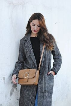 http://www.fashion-south.com/2017/02/total-look-100.html?m=0