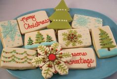 100 Ideias de biscoitos decorados para o natal Christmas Baking, Christmas Treats, Holiday Treats, Holiday Recipes, Christmas Holidays, Christmas Goodies, Retro Christmas, Christmas Lights, Holiday Cookies