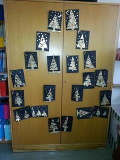 Weihnachtsbäume goldener Scherenschnitt 2 Calendar, Holiday Decor, Home Decor, Papercutting, Tree Structure, School, Creative, Decoration Home, Room Decor