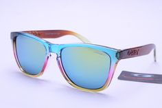 Oakley Frogskins Sunglasses Chromatic Frame Lightskyblue Lens  is the high quality and lowest price.the price is only $15.