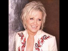 Connie Smith 2012 Hall of Fame Inductions,singer from Elkhart In. Old Country Music, Country Music Artists, Country Music Stars, Country Female Singers, Sara Evans, Christian Singers, Music Love, At Least, Marty Stuart