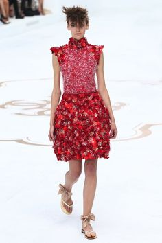 SHOW: Karl Lagerfeld betovert met de Chanel Fall Couture show | I LOVE FASHION NEWS