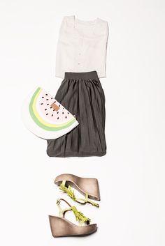 Schöner Style mit olive grünem Rock. Highlight ist hier sicher die…
