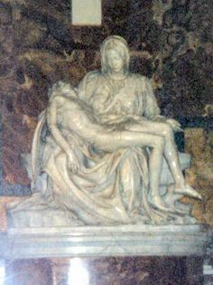 statue in St Peter's Rome photo: Robert Bovington 2000 https://plus.google.com/+RobertBovington/photos