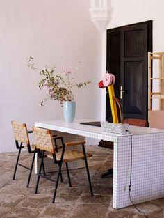 Ga voor geometrische prints gecombineerd met roze en blauw   ELLE