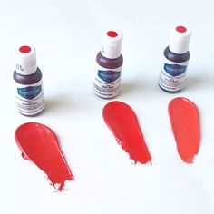 Shades of red! ❤️💋👠⛑🌹🍎🌶🚗We have had quite a few questions about the differences in our red soft gel paste colors. We have made some icing… How To Color Royal Icing, Icing Colors, Gel Color, Colour, Cool Science Experiments, Color Palate, Shades Of Red, Color Combinations, Cake Decorating
