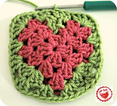 Crochet Granny Square Heart - Tutorrial  ❥ 4U // hf