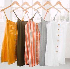 𝚙𝚒𝚗𝚝𝚎𝚛𝚎𝚜𝚝: ✰𝚊𝚗𝚗𝚊𝚐𝚛𝚊𝚌𝚎𝚊𝚜𝚋𝚞𝚛𝚢✰ - stylin' and inspiring♛ - Mode Look Fashion, Teen Fashion, Fashion Outfits, Fashion Images, Fashion Trends, Fashion Design, Fashion 2018, Casual Dresses, Casual Outfits