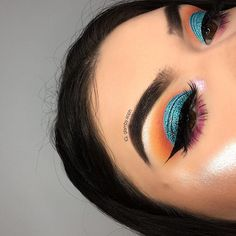 Not Afraid of Color. Blue, Orange, and Purple Shadow Look. @allworkbeauty