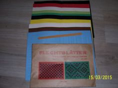 DDR-FLECHTBLATTER-2-x10-Cromoblaetter-10-farbig-1Flechtnadel-Neu-OVP-selten