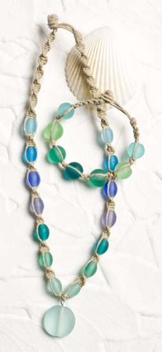 sea glass necklace, not a necklace person but if I ever was to start... this is so cute!