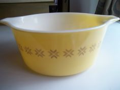 Town and Country Pyrex#474-B, Vintage, Casserole Dish, Baking Dish, Bowl by PyrexKitchen on Etsy