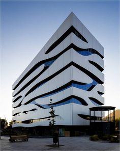 Trespa is a premier developer of high quality HPL panels for exterior cladding, decorative façades and scientific surface solutions. Futuristic Architecture, Facade Architecture, Amazing Architecture, Contemporary Architecture, Facade Design, Exterior Design, Glass Facades, Building Facade, Modern Buildings