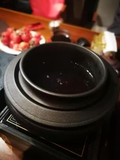 The Art and beauty of Chinese Tea. Photo posted by Sifu Derek Frearson Chinese Tea, Ancient China, Chocolate Fondue, Desserts, Beauty, Food, Art, Tailgate Desserts, Art Background