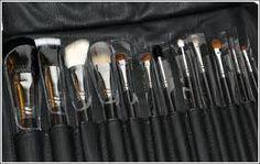 I love my MAC makeup brushes!