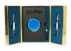 "27 Unique ""Harry Potter"" Products Even Die-Hard Fans Haven't Seen Before Objet Harry Potter, Harry Potter Kostüm, Harry Potter Cosplay, Harry Potter Merchandise, Harry Potter Universal, Harry Potter Characters, Ravenclaw, Imprimibles Harry Potter, Luna Lovegood"
