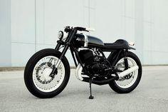 Yamaha RD350 by Analog Motorcycles