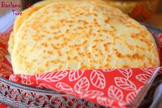 Bazlama pain turc à la poêle / Ramadan 2016 Biscuit Dough Recipes, Gozleme, Bread And Pastries, Slow Food, Arabic Food, Recipe Images, Food Humor, Naan, Bakery