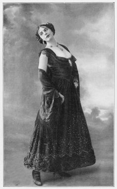 Someday I'll do a nice big blog post on Mata Hari - who I find absolutely fascinating - but for now I'll just post some pictures of he...