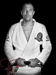 Royce Gracie - father of modern MMA http://media-cache8.pinterest.com/upload/127860076890343546_cP1Z38eo_f.jpg sallywc people