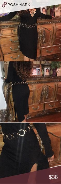Flash sale 🌹🌹Black dress slit side  ribbed top ❤️❤️❤️✨✨✨ only $24 tonight Flash sale.. Lowest sale price 😍😍😍😍Beautiful black ribbed dress from Revolve clothing. Size small but I think fits medium better unless You are a curvy small ❤️❤️❤️❤️✨✨ this is so hot ✨✨✨ :)worn less less 3 hours. (Belt not included)  #asymetrical #lbd Dresses Asymmetrical