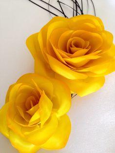 yelow roses by AureaMariz