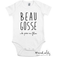 """affichez votre esprit tribu avec le body """"Beau gosse de père en fils"""" en coton biologique assorti au tee-shirt de papa signé Marcel & Lily"""