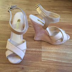 """Dorothy Perkins UK Nude curved back wedges These were a gift and are brand new/never worn. Tags attached but I do not have the original box. Website description: Nude suedette weges with cross over front straps and curve back wedge. Textile upper. Heel height approx 4.5"""". (website description says """"nude"""" but they are more of a light pink) Bundle for 20% off! Dorothy Perkins Shoes"""