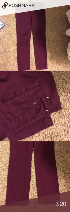Skinny Mini Gap Khakis in burgundy - never worn Skinny Mini Gap Khakis in burgundy - never worn!  You can still see stitching from tag on back.  Never worn/washed.  Fabulous color for summer or fall!  Great with tshirt or sweater and would look great with denim shirt or jacket. GAP Jeans Ankle & Cropped
