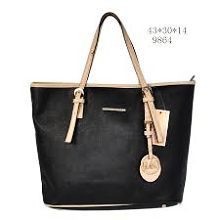 Michael kors bag Michael kors bag medium size new with tags Michael Kors Bags Shoulder Bags