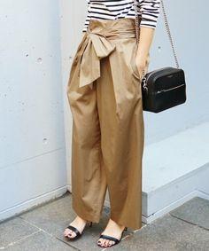 IENA(イエナ)の「《追加予約》ライトサテン リボンパンツ◆(パンツ)」|ベージュ パンツ ベージュ コーディネーット pants beige outfit