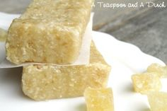 Here is a great site for healthy trail recipes! Sunshine Bars - Dried pineapple, cashews, and coconut make for a snack that's not only energizing but also cheerfully reminiscent of a piña colada Healthy Bars, Healthy Sweets, Healthy Snacks, Healthy Eating, Real Food Recipes, Snack Recipes, Yummy Food, Bar Recipes, Tasty