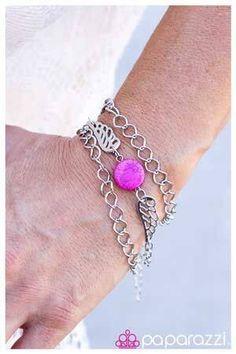 Beautiful jewelry from Paparazzi.