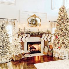 31 Beautiful Christmas Living Room Decor Ideas You Should Copy Now - Use Christmas craft ideas to make your living room looks sensational this year. Usually the living room is where the Christmas tree is placed and so i. Christmas Living Rooms, Christmas Room, Merry Little Christmas, Noel Christmas, Winter Christmas, Christmas Christmas, Christmas Shopping, Christmas Ornaments, Farmhouse Christmas Decor