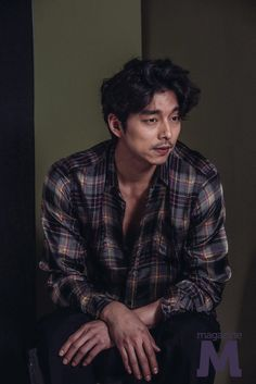 2016 is considered a really good year for my biases. Train to Busan and Goblin brought Gong Yoo back to the screen; Korean Men, Asian Men, Asian Actors, Korean Actors, Jun Matsumoto, Hong Ki, Goblin Gong Yoo, Song Joong, Yoo Gong