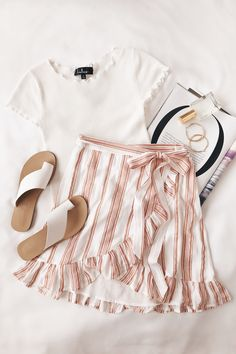 pink and white stripe ruffle skirt and a white t-shirt and sandals. Visit Daily Dress Me at da. Fashion 2018, Look Fashion, Fashion Trends, Dress Fashion, Fashion Clothes, Trendy Fashion, Fashion Skirts, Feminine Fashion, Fashion Ideas