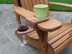 Cup and Wine glass holder for Adirondack Chair ~ Works on almost any chair that has thick armrest.: - My Easy Woodworking Plans Plans Chaise Adirondack, Adirondack Chairs, Adirondack Furniture, Furniture Projects, Wood Projects, Furniture Websites, Rustic Furniture, Diy Furniture, Furniture Design
