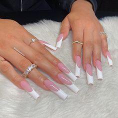 White Tip Acrylic Nails, White Glitter Nails, White Coffin Nails, Bling Acrylic Nails, Silver Nails, White Marks On Nails, White Lines On Nails, Long White Nails, Long Nails