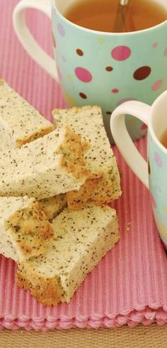 Vrouekeur | Lemoen-en-papawersaad-beskuit Healthy Breakfast Snacks, Quick Snacks, Healthy Food, Baking Recipes, Cookie Recipes, Dessert Recipes, Bread Recipes, Oven Recipes, Pizza Recipes