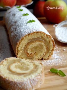 Ekspresowa rolada – Zjem to! Bread, Cheese, Baking, Ethnic Recipes, Food, Bon Appetit, Brot, Bakken, Essen