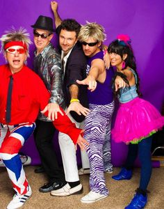 Make theme party outfit yourself - ideas for re-styling 80s Theme Party Outfits, 80s Party Costumes, 80s Costume, Party Themes, Costume Ideas, Tutu Outfits, Mode Outfits, Jupe Tutu Rose, 80s Fashion