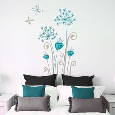Garamba Exotic flowers wall decal grey/ teal by miaandcoADzif--love this color combo Home Design, Interior Design, Wall Design, Design Hotel, Bedroom Decor, Wall Decor, Wall Art, Wall Mural, Design Bedroom