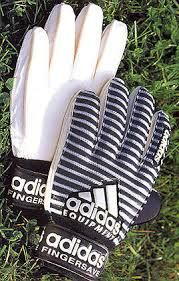 Image result for adidas fingersave gloves 1997 Classic Football Shirts, School Football, Goalkeeper, Old School, Gloves, Stripes, Adidas, Winter, Image